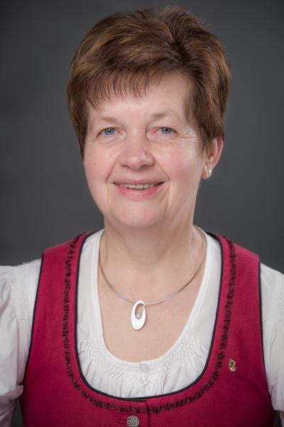 Eveline Willinger - Goldhauben Obfrau Krenglbach